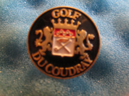 Pin's Pin S Golf Ducoudray - Golf