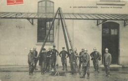 SAPEURS POMPIERS  - Exercices De Sauvetage. - Firemen
