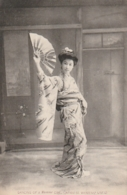 *** JAPON - JAPAN ***    Japonaise En Costume Traditionel Dancing Of A Musume Japanese Women's Life- Unused TTB/so Nice - Other