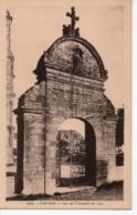 PLEYBEN - ARC DE TRIOMPHE DE 1725 - Pleyben