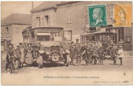 SAINT SULPICE LES FEUILLES - L'Arrivée Des Autobus - Saint Sulpice Les Feuilles