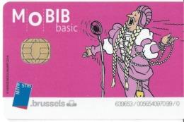 CARTE A PUCE TRANSPORT MOBIB BASIC MVB  STB BRUSSELS B-D BANDE DESSINÉE HERGE LA CASTAFIORE CHANTEUSE OPÉRA - Billetes De Transporte