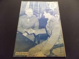Magazine Circa 1950 Iran ECRIT EN PERSE Militaire Amérique   Cinéma ... - Informations Générales