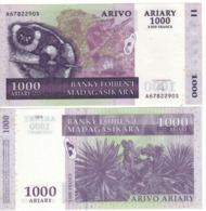 MADAGASCAR  1'000 Ariary  5'000 Francs      P89b  (ND  2004) - Madagascar