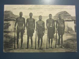 ANGOLA, Uma Quadritha De Salteadores Cuanha Mas, Aprizionados Pelas Forças Do General Pereiro D'Eca - Angola