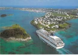 PAQUEBOT CROISIERE - ST GEORGE'S Bermuda - CRUISE SHIP Entering Town - CPM GF - Cruise Ship Kreuzfahrtschiff - Paquebote