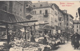 BOZEN , Italy , 00-10s ; Obstmarkt Gegen Torglhaus - Bolzano (Bozen)