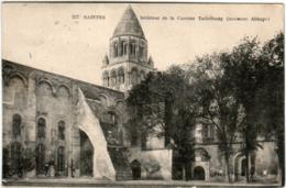 31ost 1237 CPA - SAINTES - INTERIEUR DE LA CASERNE TAILLEBOURG - Saintes