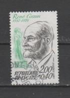 """FRANCE / 1983 / Y&T N° 2283 : """"Célébrités"""" (René Cassin) - Choisi - Cachet Rond - Frankrijk"""