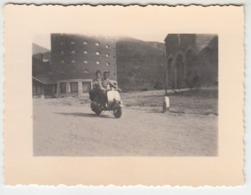 MOTO MOTORCYCLE PIAGGIO VESPA -  FOTO ORIGINALE 1957 - Autres