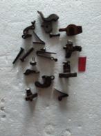 Pièces Diverses Pour Armes à Silex (1). - Equipement