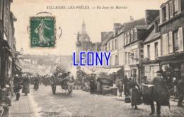 CPA De  VILLEDIEU Les POELES    (50) -   Un JOUR De MARCHE - BELLE  ANIMATION   édit A LA CIVETTE - Vve BELHOMME - Villedieu