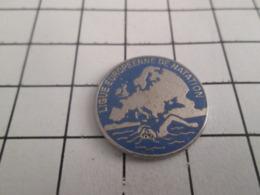 610d Pin's Pins : BEAU ET RARE : Thème SPORTS / LIGUE EUROPEENNE DE NATATION - Swimming