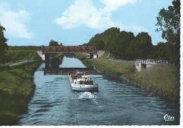 CPSM - 44 - BLAIN -  Le Canal - Belle Péniche - 1972 -  TBE - Blain