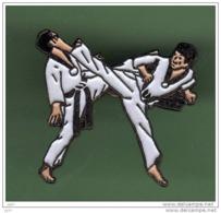 KARATE *** N°1 *** 2001 - Judo