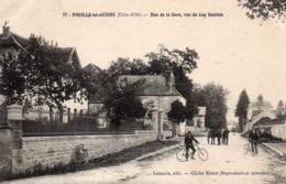 21 Pouilly En Auxois, Rue De La Gare - Francia