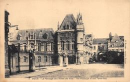 Douai (59) - Le Passage De L'Hôtel De Ville - Douai