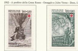 PIA-FRA-1981:Per La Croce Rossa - Omaggio A Jules Verne  - (Yv  2247-48) - Primo Soccorso