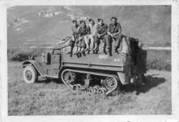 MANOEUVRES  EN ALLEMAGNE 1949  BLINDE CHENILLES  PHOTO ORIGINALE  8.50 X 6 CM - Krieg, Militär