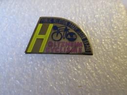 PIN'S     CYCLISME  HOLTZHEIM - Wielrennen