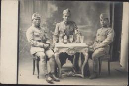 CPA Carte Photo Soldats En Indochine Indochinois Armée Française  Dont 1 Brassard Croix Rouge Village An Thanh Van - Vietnam