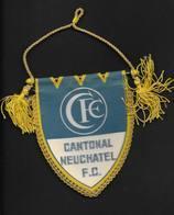 Fanion Football FC Neuchâtel Suisse - Apparel, Souvenirs & Other