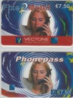 Lot De 2 Cartes Prépayées Différentes - PHONEPASS   -  Prépaid  - (valeur Et/ou Verso  Différent) - Andere Voorafbetaalde Kaarten