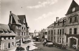 Neuvic-d Ussel    Place De La Mairie   Edit Artaud  No.3 - France