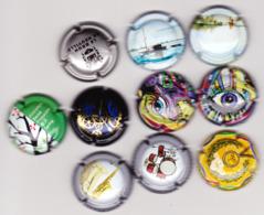 10 Capsules Muselets  2 Cancen Loire 2 Graffiti N5 1 JO 1 Printemps 2 Pan'n 1 L'instant 1 Neuville ... Ts Différents - Non Classés
