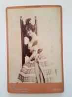 PHOTO  Cartonnée ARTISTE Femmininne SAHARET   Reutlinger RV 21 Bd Montmartre Paris - Berühmtheiten
