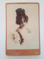 PHOTO  Cartonnée ARTISTE Femmininne SAHARET 2  Reutlinger RV 21 Bd Montmartre Paris - Célébrités
