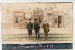 Allemagne-carte Photo-budesheim Dromersheim-chemin De Fer.gare Et Chef De Gare-souvenir Du Rhin 1923.accordeoniste - Allemagne