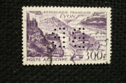 France 300fr Lyon Avion PA N°26 Perfin Lochung Perforé BB - Francia