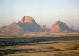 """1 AK Namibia * Landschaft In Namibia Mit Dem Berg Spitzkoppe - Wird Auch Als Das """"Matterhorn Namibias"""" Bezeichnet * - Namibia"""