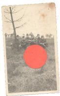 Photo ( +/- 6 X 11 Cm) Manoeuvre Ou Entraînement - Position D'une Mitrailleuse Lourde - Armée Belge - Militaire  (b268) - Equipement