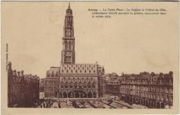 62  Arras  La Petite Place - Arras