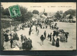 CPA - BREST - Le Marché Aux Puces, Très Animé - Brest