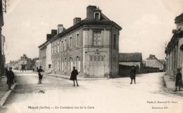 MAYET  ( 72 ) - Un Carrefour Rue De La Gare - Mayet