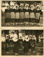 Lot De 2 CPA - Jeunes Filles En Costumes De SAINT YVI - Otros Municipios