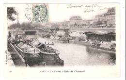 Péniches Sur Le Canal à Paris (75) Gare De L'Arsenal - Houseboats