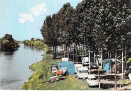 37 - L'ILE BOUCHARD Le Camping ( Caravanes Automobile DS 19 Citroen ) Jolie CPSM Dentelée Colorisée GF - Indre Et Loire - L'Île-Bouchard