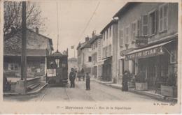 CPA Meyzieux - Rue De La République (jolie Animation Avec Tram) - Sonstige Gemeinden