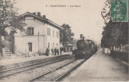 CPA Xertigny - La Gare (animation Avec Train En Très Beau Plan) - Xertigny
