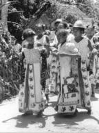 Photo Madagascar Jeunes Femmes De Mahela, Côte Est 1998 Vivant Univers - Afrika