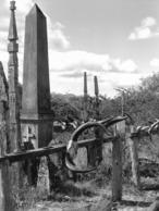 Photo Madagascar Vieux Tombeaux Région D'Antanosy 1998 Vivant Univers - Afrique