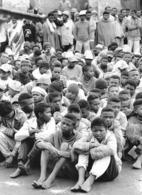 Photo Madagascar Surpopulation De La Prison D'Antananarivo 1998 Vivant Univers - Africa