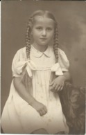 Photo Postcard - Children,a Little Girl - Klagenfurt - Anonymous Persons