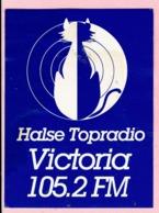 Sticker - HALSE TOP RADIO VICTORIA - 105.2 FM - Aufkleber