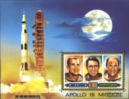 Umm Al Qaiwain Block42 (complete Issue) Unmounted Mint / Never Hinged 1972 Apollo 15 - Umm Al-Qiwain