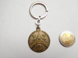 Porte Clés , Football , PSG , Paris Saint Germain , Abonnement - Key-rings